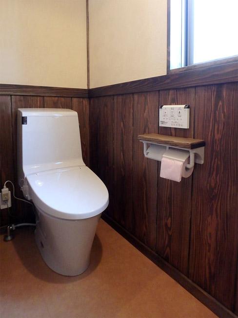 トイレ 床はサニタリーフロアー