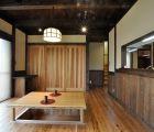 和室の入口は引き込みにして、開放感を演出しました